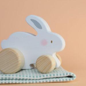 Conejo juguete de madera niño