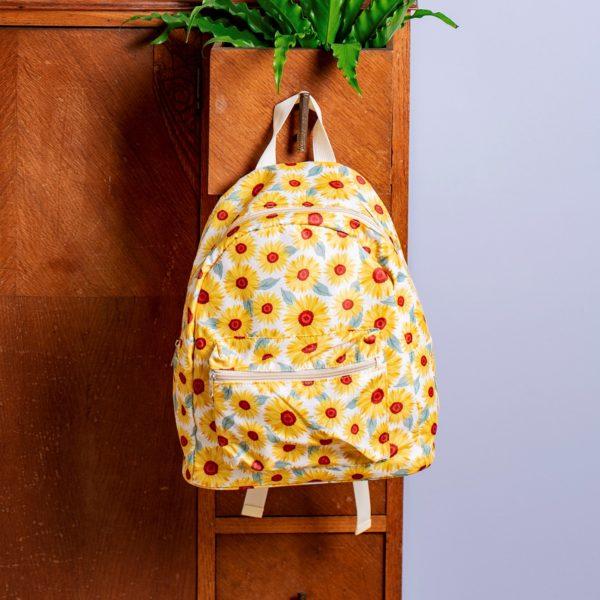 Mochila Floral Estampado Girasoles.